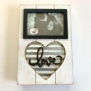 Brand new LOVE photo frame
